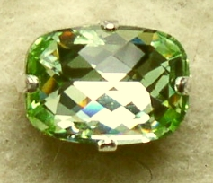 swf_baguette_chrysolite 14mmx10mm